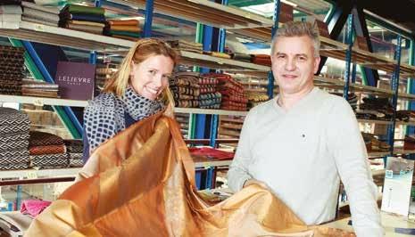 Laure Crépy-Lelièvre est fière de poser devant l'une des 6 000 références vendues par l'entreprise familiale .