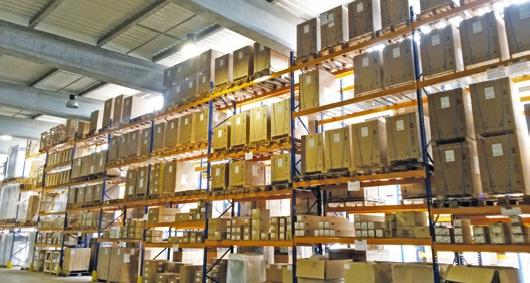 Une des forces des Établissements Boulogne, son entrepôt de stockage de 4 000 m², qui permet de répondre au plus vite aux demandes de sa clientèle, et son show-room de 700 m².