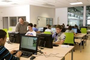 Proméo propose de l'anglais sur l'ensemble des formations bac, BTS, licences, masters et écoles d'ingénieur.