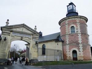 La célébration du 350e anniversaire du groupe Saint-Gobain se devait de faire étape dans le village de l'Aisne, berceau de son histoire.