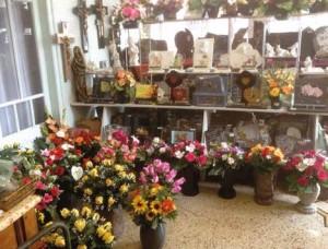 L'intérieur du magasin de Chauny des Pompes Funébres Bernasconi.