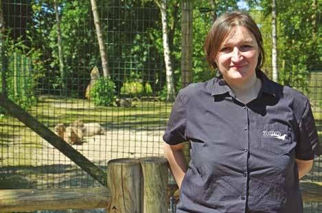 Laure Garrigues veille au bien-être des animaux et régule les populations au sein du parc.