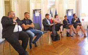 Frédéric Lancien et Alexandre Balsamo sont venus témoigner lors de la présentation du Contrat Starter en présence de Nicole Klein, Préfet de Picardie.