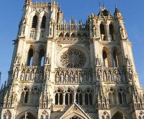 Avec 1 589 monuments historiques, la Picardie se place au 13e rang du classement des régions françaises.