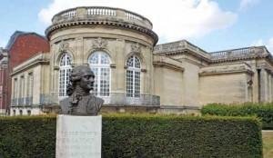 Le musée est installé dans ce bâtiment néo-classique du XVIIIe siècle depuis 1932.