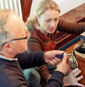 Bérangère Candillon travaille différentes essences de bois, telles que le hêtre, le chêne ou le frêne.