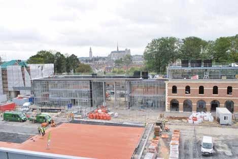 Développé par Terreal, AIA Ingénierie et RPBW pour la Citadelle d'Amiens, le diabolo est utilisé pour couvrir la place d'armes et la toiture du grand casernement.