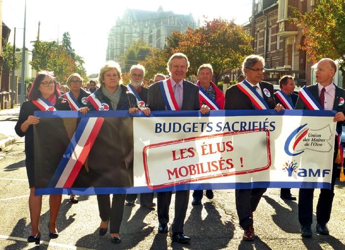 Les maires de l'Oise ont exprimé leur ras-le-bol dans les rues de Beauvais