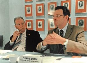 Jacques Vincent (à d.) et Frédéric Motte (à g.) souhaitent que les élus et les entreprises coopèrent davantage pour créer de l'emploi.