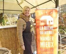 Dominique Clinkemaillie a installé sa ruche à côté du Kiosque à Beauvais, au cœur de la ville.
