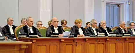 Martine Beaurain, au centre, a souhaité la bienvenue au juge nouvellement élu.