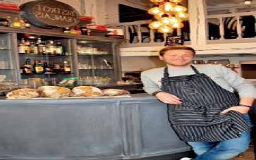 Benjamin Lemay a ouvert Big Ben, un nouveau restaurant, rue Cormont.