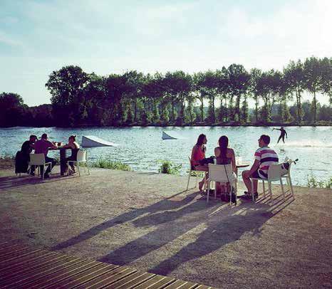 """Amiens Cable Park est l'occasion de venir """"rider"""", et pour les autres de contempler."""
