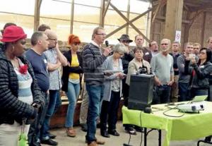 François Défossé (au micro) a accueilli plus de 150 personnes pour un échange entre partenaires.